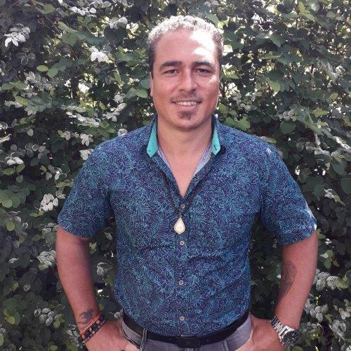 Formation de magnétisme sur l'île de la Réunion Le Tampon avec Dominique Dijoux, formateur certifié école de magnétisme Florian Lucas - Modules 1 à 3 les 21,22,23 et 29,30 août 2020 (sur 2 week-ends)